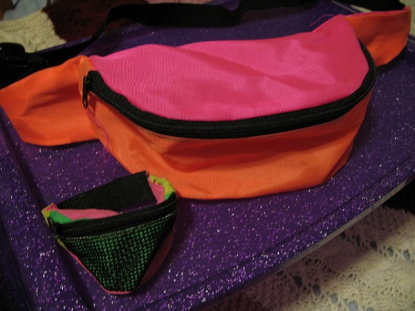 Travel Wardrobe Challenge: Five Uses for…a Bumbag