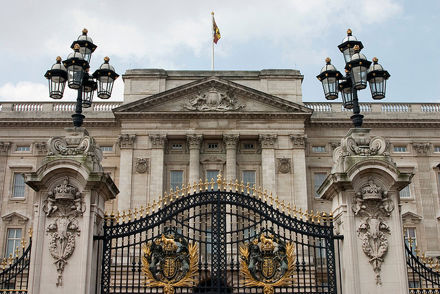 Buckingham Palace by Jimmy Harris via Flickr
