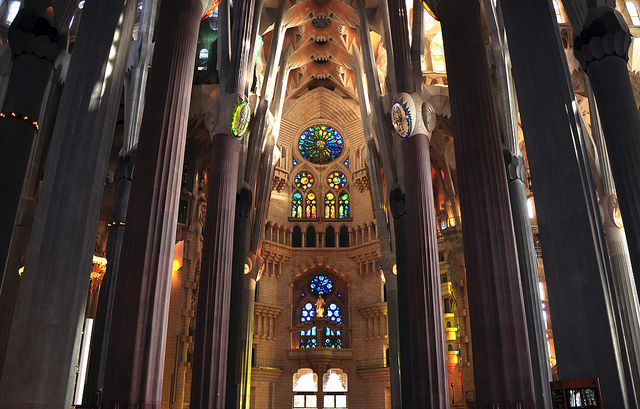 Sagrada Família via flickr by the travelling bum