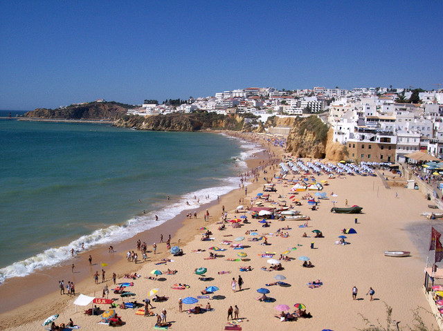 Albufeira Beach by Lele3100 via Flickr
