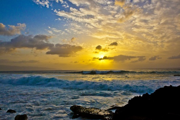 Hawaii Sunset by Anthony Quintano via Flickr