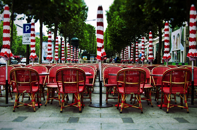 paris via flickr by mukerji