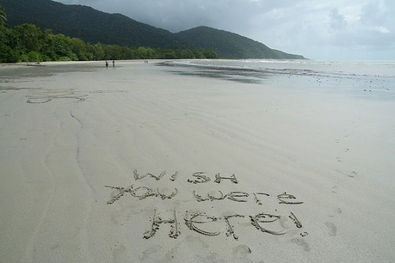 Writing on Sand by Paleontour via Flickr