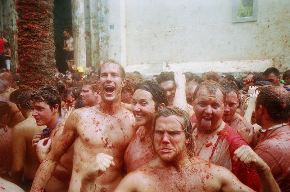 La Tomatina Festival by Graham McLellan via Flickr