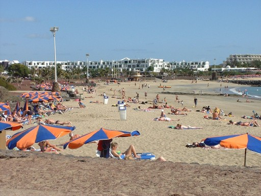 Lanzarote beach by Paul Holloway via Flickr