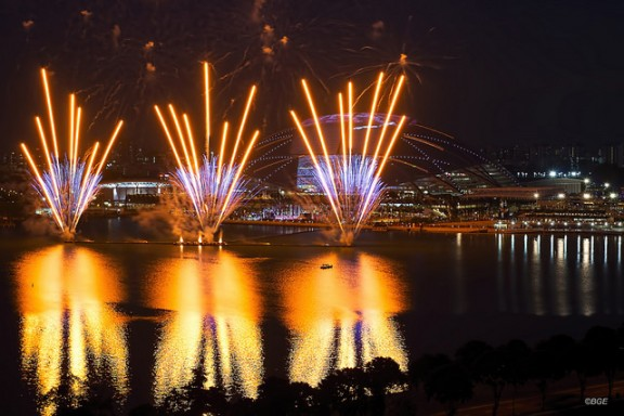Singapore fireworks by Brian Evans via Flickr