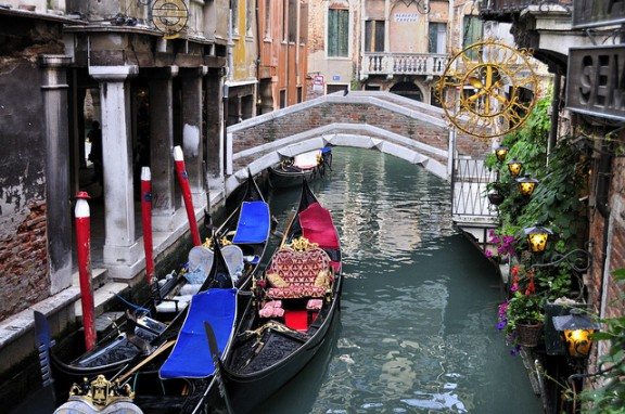Venice canals by gnuckx via Flickr
