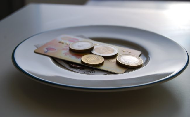 The Guide to European Tipping