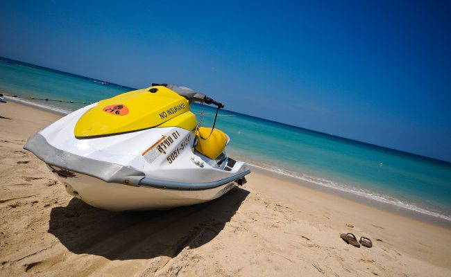 Top Five Water Sports You Must Try This Summer