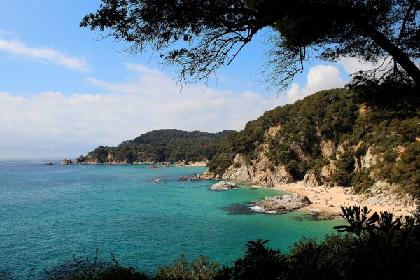 Cheap Autumn Beach Holidays in Spain